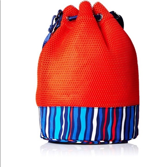 58068b033d NWT Lg Vera Bradley Mesh Backpack Sport Mesh NWTs